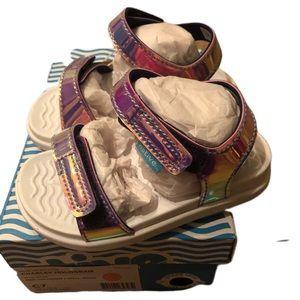Native Charley Girl's Hologram Sandals Size 7 NEW